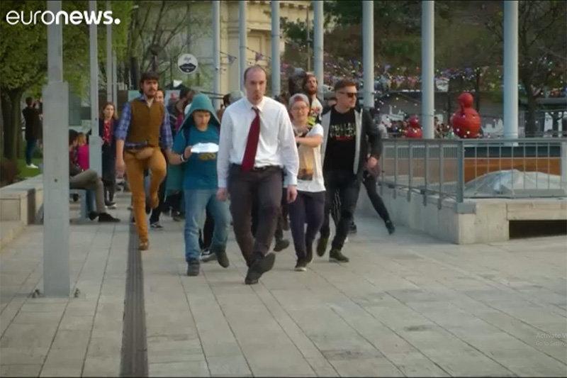 فیلم ، پیاده روی احمقانه در مجارستان!