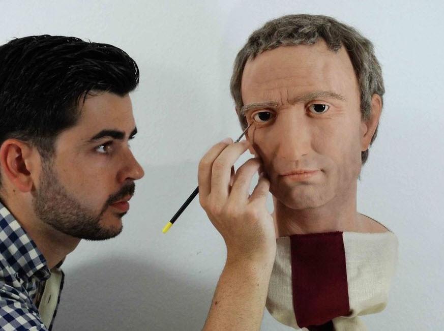 هنرمندی که با استفاده از مجسمه های سزار، آگوستوس و نرون، چهره دقیق طبیعی آنها را ساخت