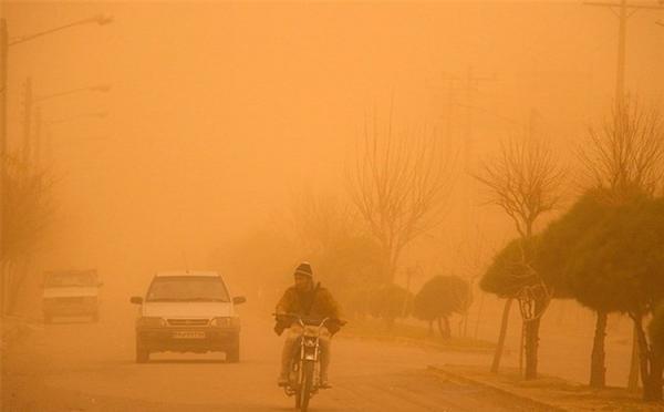 طوفان نگران کننده گرد و خاک در خوزستان